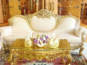 Kursi Sofa Italian Classic Ukir Emas Luxury Antique
