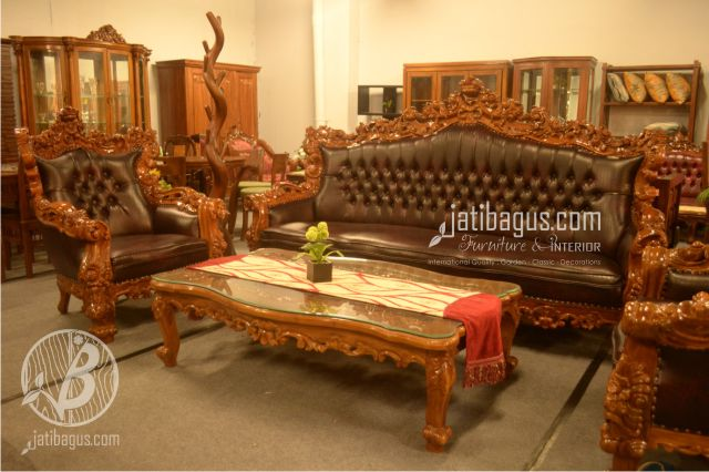 Kursi Tamu Sofa Ukir Model New Barcelona Forest Piala