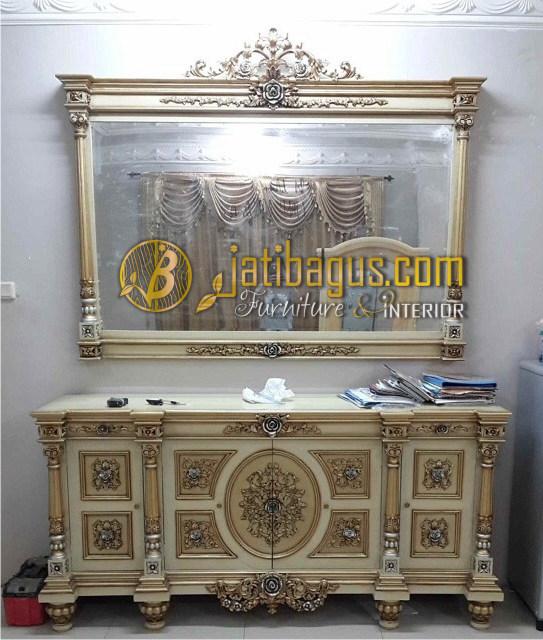 Bufet Nusantara Jati Ukiran Emas perak cat Putih Duco Model Lurus
