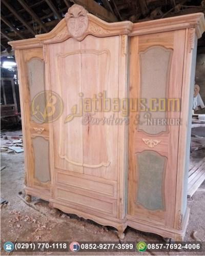 Produksi Lemari Pakaian Duco Putih Model Eropa 4 Pintu 2 Laci Ukir