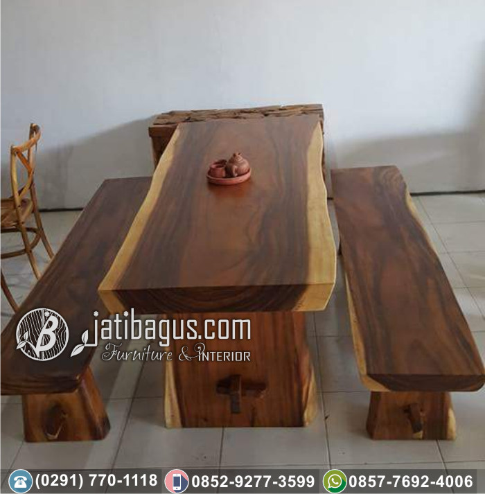 Meja Makan Kayu Trembesi dan Bangku