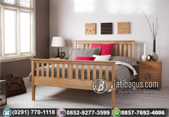Tempat Tidur Minimalis Simpel Doveta