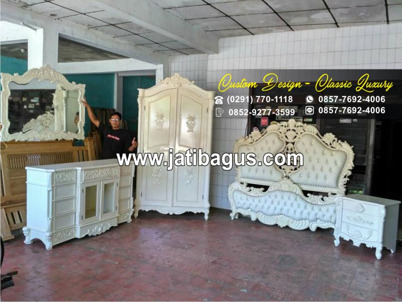 Set Kamar Tidur Ukian Jepara Klasik Warna Putih