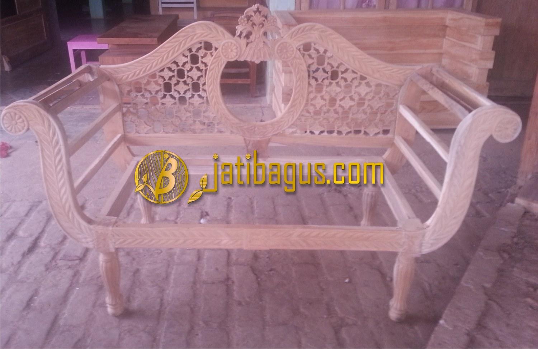 Kursi Sofa Pengantin Jati Ukir