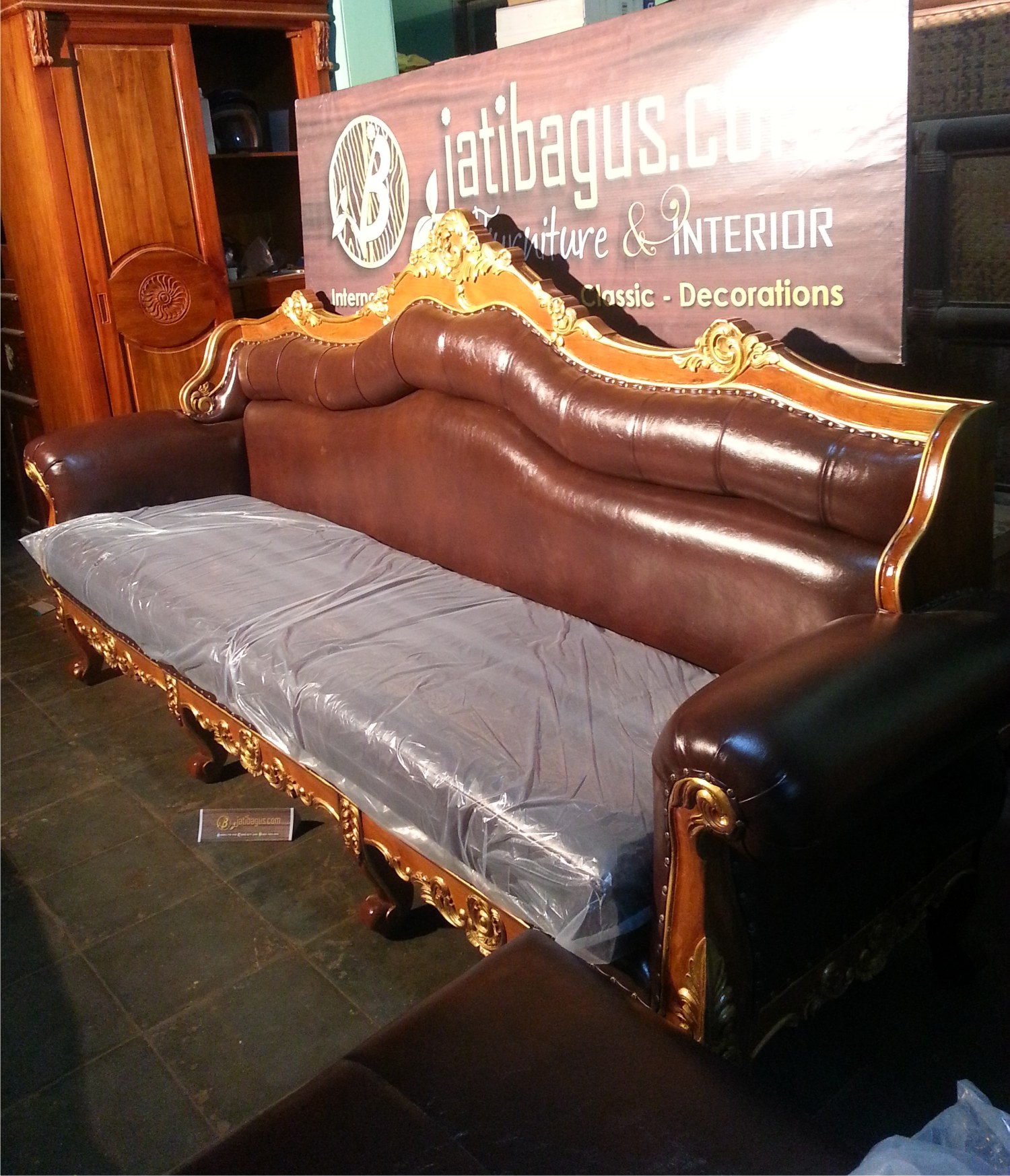 Sofa Sudut Mewah Model L Luxury
