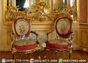 Kursi Pasangan Ukir Mewah Emas