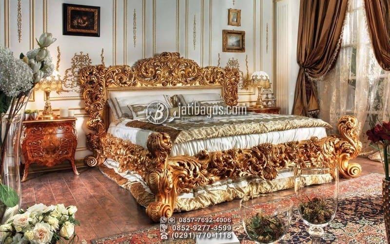 Tempat Tidur Kerajaan Ukiran Mewah Emas