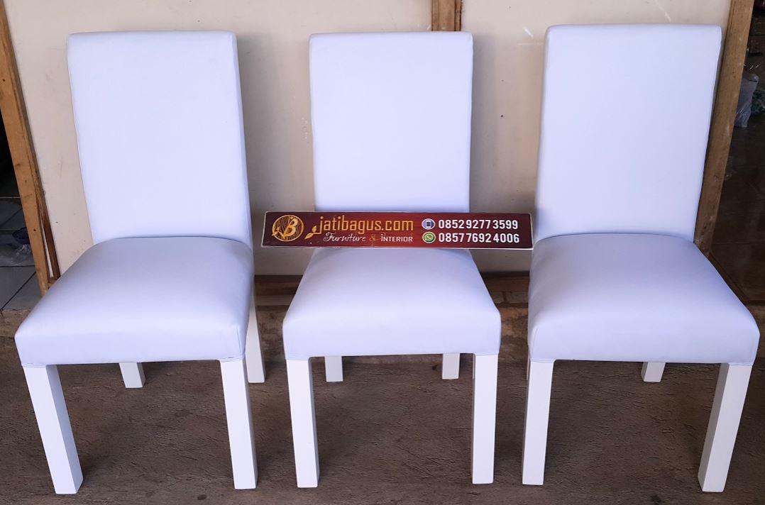 set meja makan minimalis klasik putih