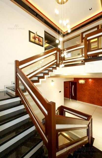 Desain Railing Hotel Kombinasi Kaca