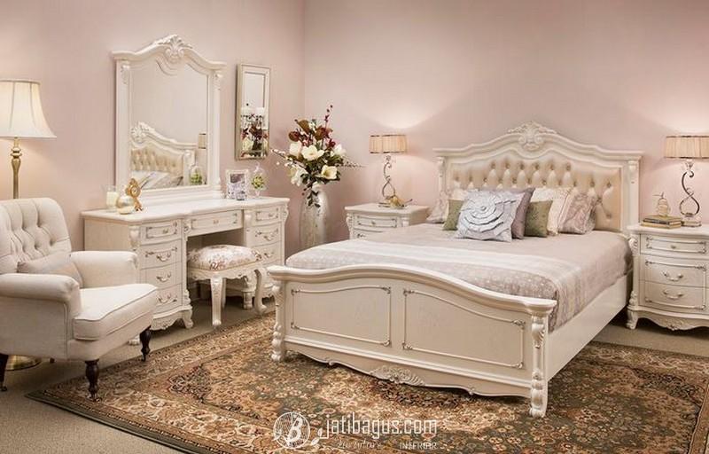 Set Tempat Tidur Ukiran Klasik Kursi Sofa