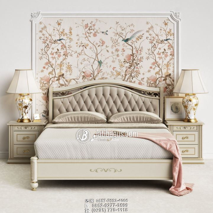 Set Kamar Tidur Ukiran Mewah Amerika