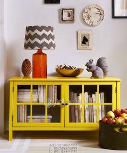 Rak Buku Minimalis Kuning Menyala Bahan Kayu Solid Ruangan Sempit